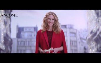 Pub : Lancôme célèbre Noël 2020 avec Julia Roberts