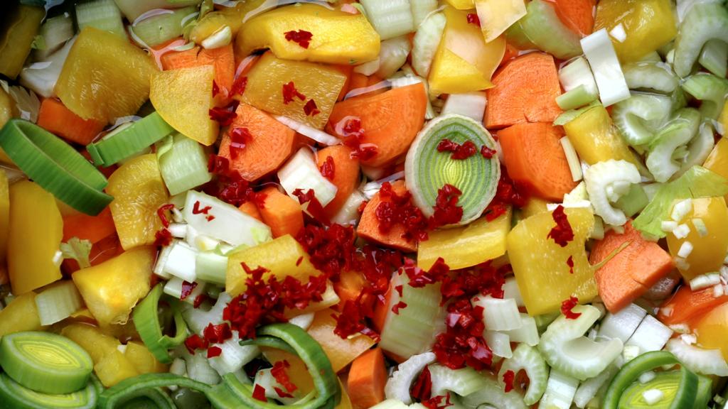 Réutiliser l'eau de cuisson pour ramollir les légumes