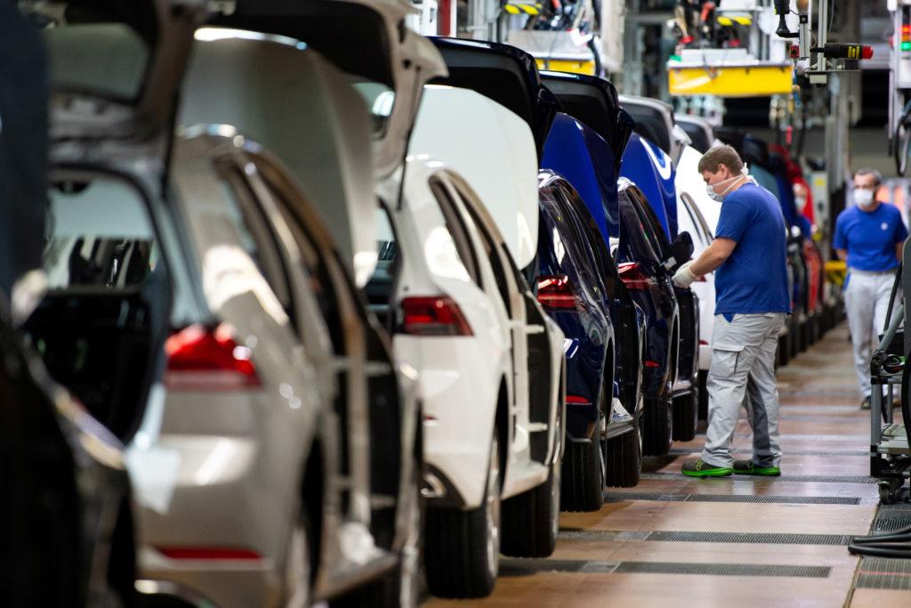 Production de voitures à moteur thermiques