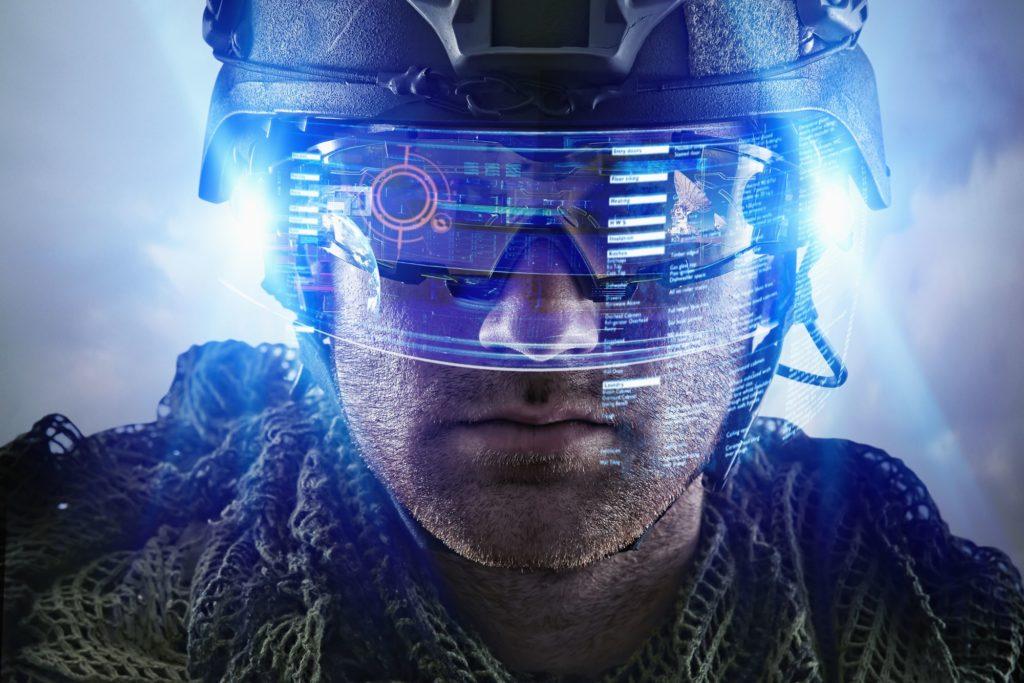 soldat augmenté avec technologie avancée