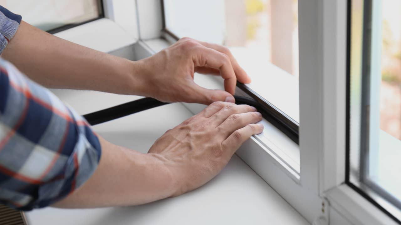 joint d'étanchéité pour isoler une fenêtre