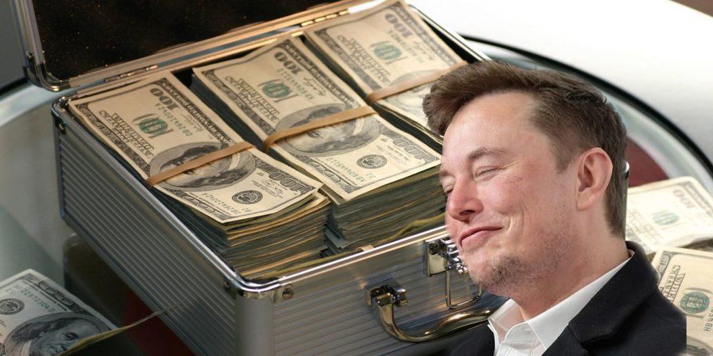 Elon Musk avec des dollars
