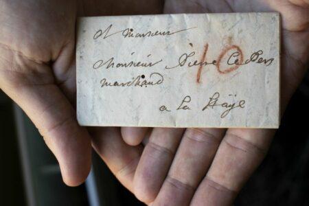Lettre scellée par letterlocking
