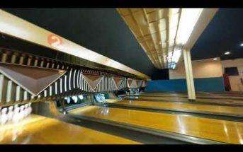 Ce plan-séquence réalisé en drone a offert un énorme coup de pub à ce bowling