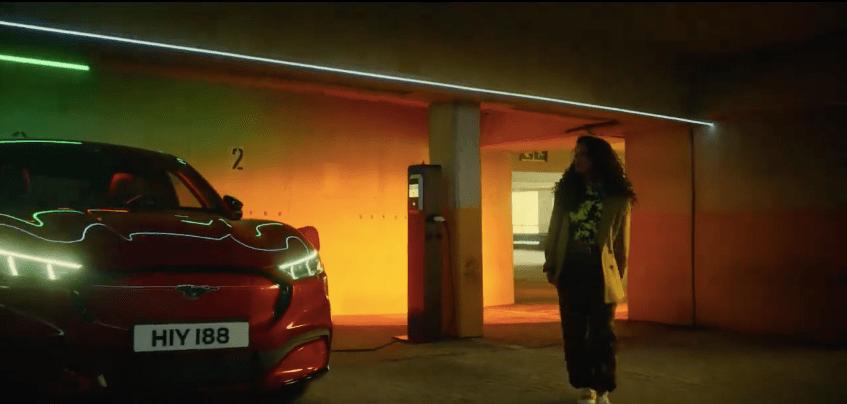 musique de la pub Ford Mustang Mach-E 2021