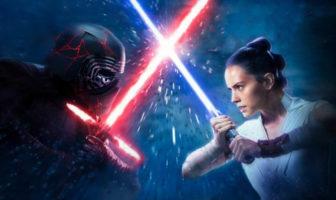 Rey et Kylo avec leur sabre laser