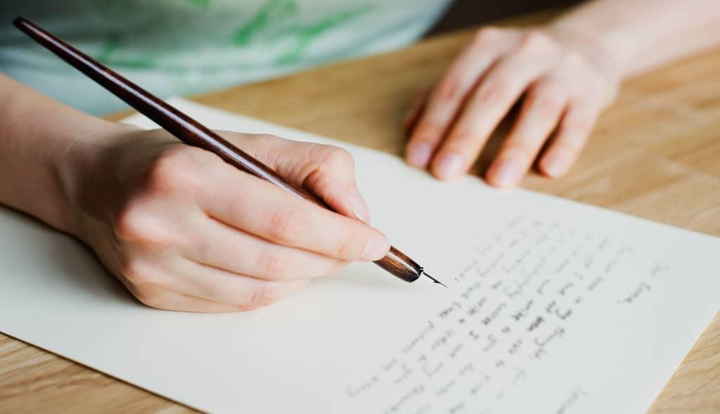 écrire une lettre de condoléances manuscrite