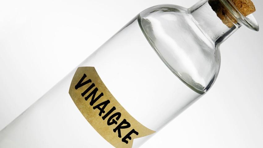 Vinaigre blanc pour détacher