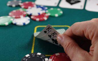 Règles du poker Texas Hold'em : comment jouer au poker à 2 cartes ?