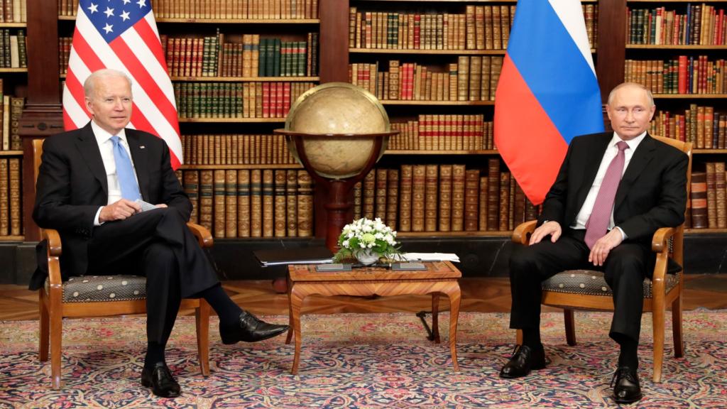 Joe Biden et Vladimir Poutine en image