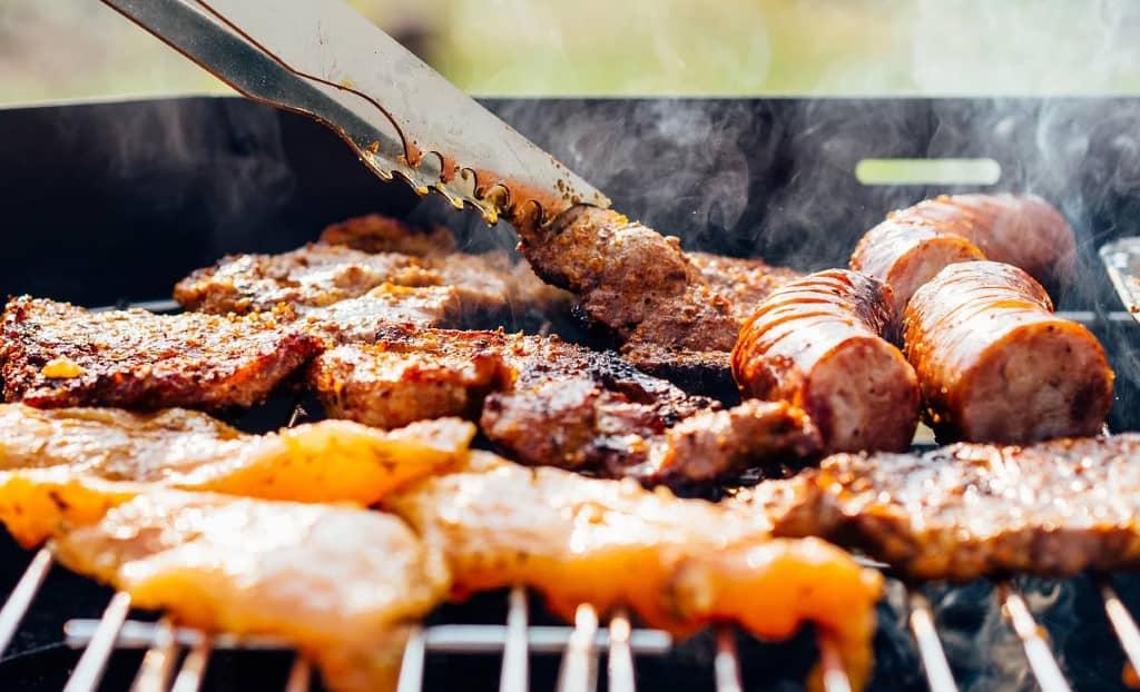 cuisson de la viande au barbecue