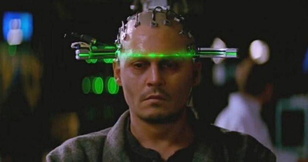 Un humain contrôlé par une intelligence artificielle.