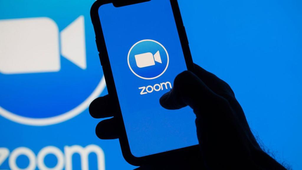 Zoom et téléphone en image