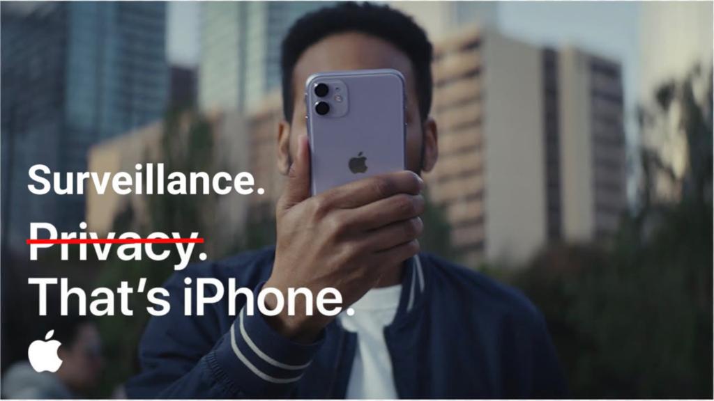 Un homme avec un iPhone en image