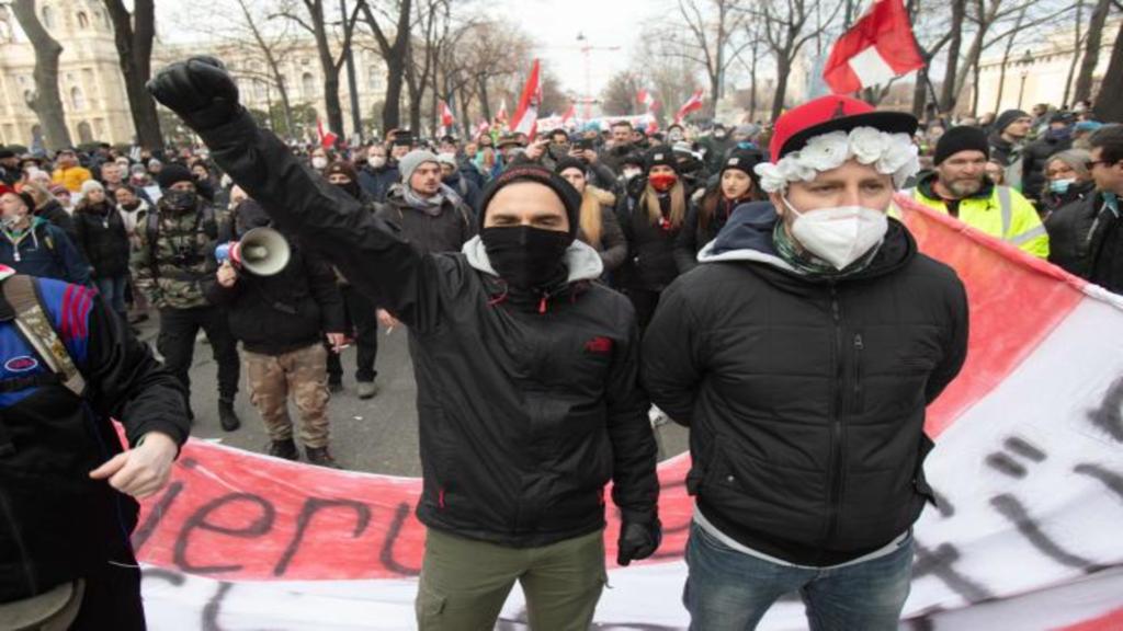 Les manifestants antivaccins coronavirus en image.