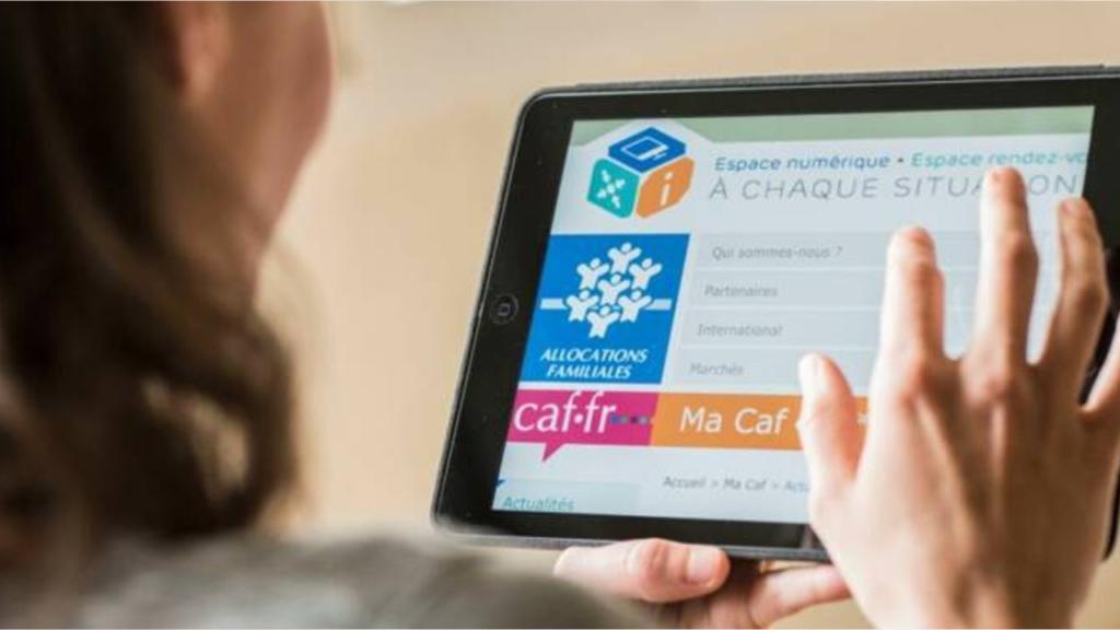 CAF et tablette en image