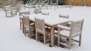 ranger et protéger son mobilier de jardin en hiver